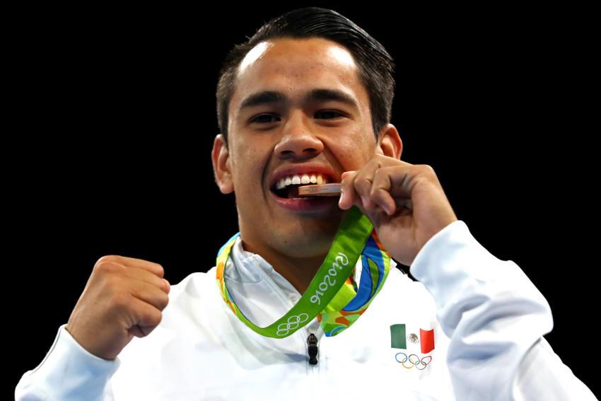 Es triste el apoyo para el boxeo Olímpico: Canelo