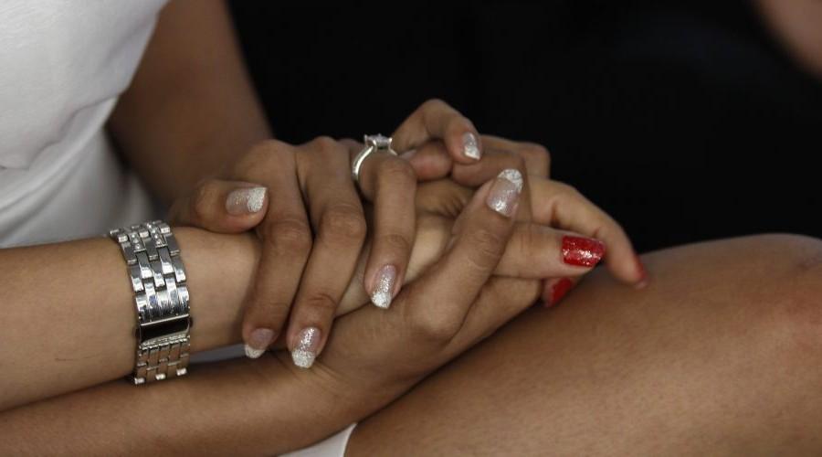 Los matrimonios igualitarios discriminan a la familia, dicen universidades católicas
