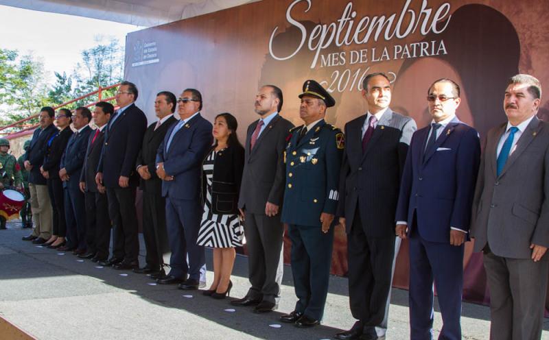 """Inicia gobierno de Oaxaca Programa """"Septiembre, mes de la Patria 2016"""""""