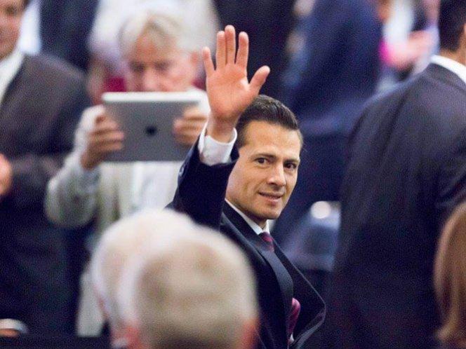 Peña Nieto celebra el inicio de transmisiones de ImagenTV
