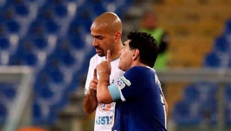 Maradona y Verón protagonizan pelea en 'Partido por la Paz'