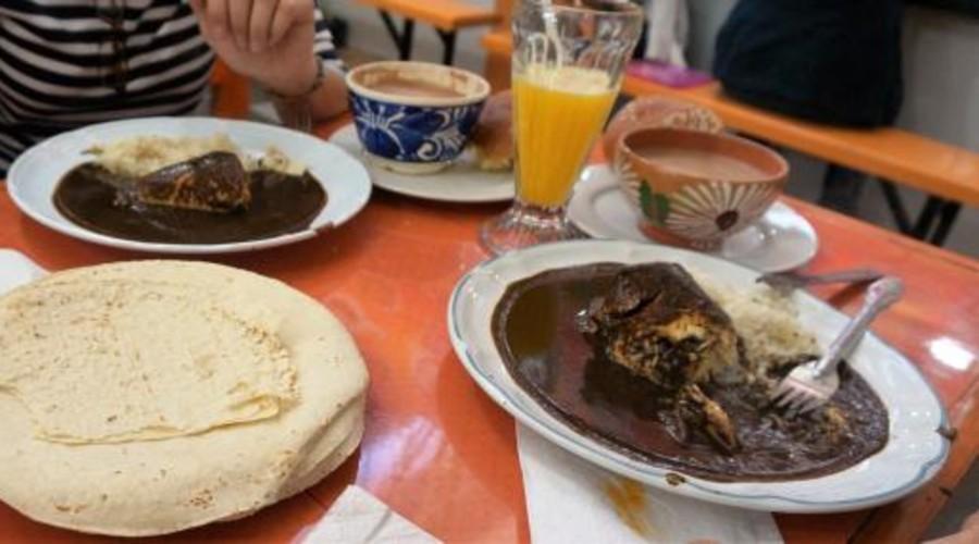 Invitan a degustar manjares en el Mercado 20 de Noviembre