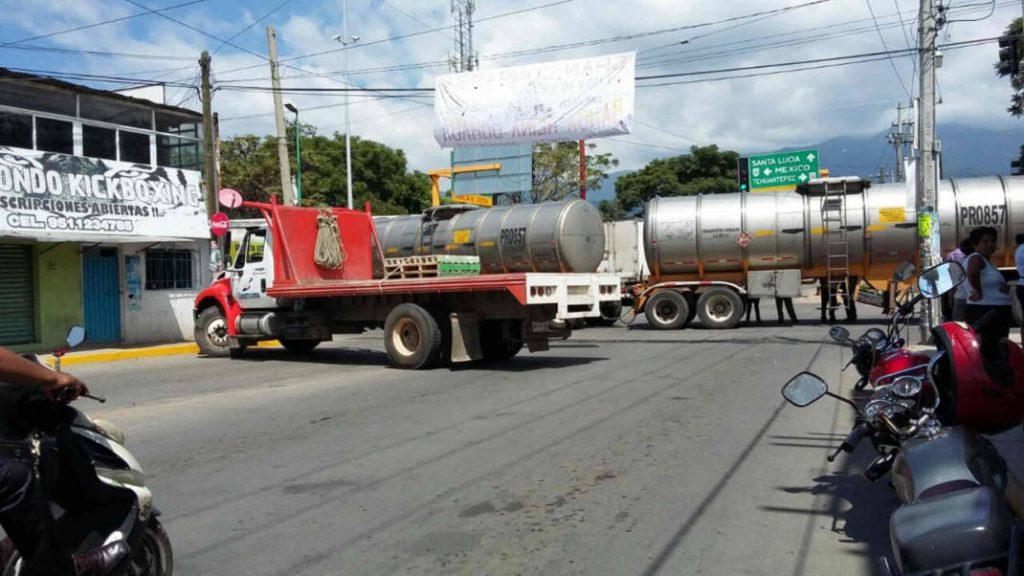 Por falta de agua, habitantes de Santa Lucía retoman bloqueos