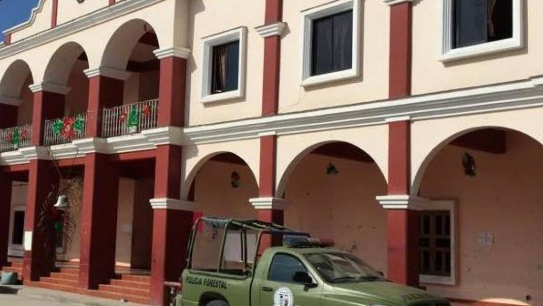 Llegan a acuerdos en Zacatepec tras masacre; cabildo y edil son liberados