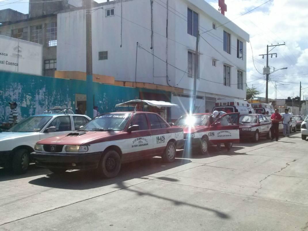 Toman oficinas de la SEVITRA en Tuxtepec concesionarios de taxis en Jalapa de Díaz