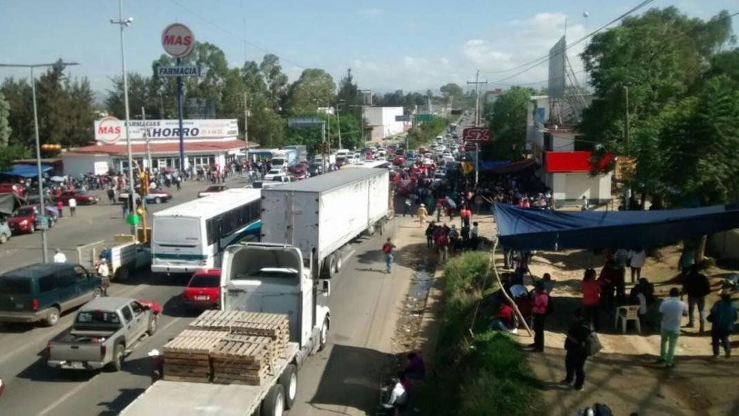 Mañana inician bloqueos de la S-22 en Oaxaca; conoce los posibles puntos cerrados a la circulación