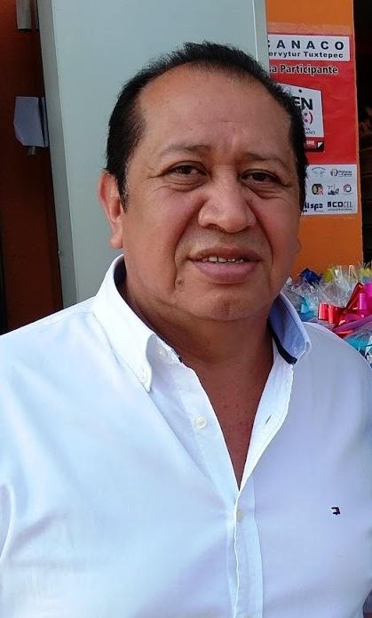 Comerciantes locales deben ser más competitivos ante grandes empresas: Silvino Reyes