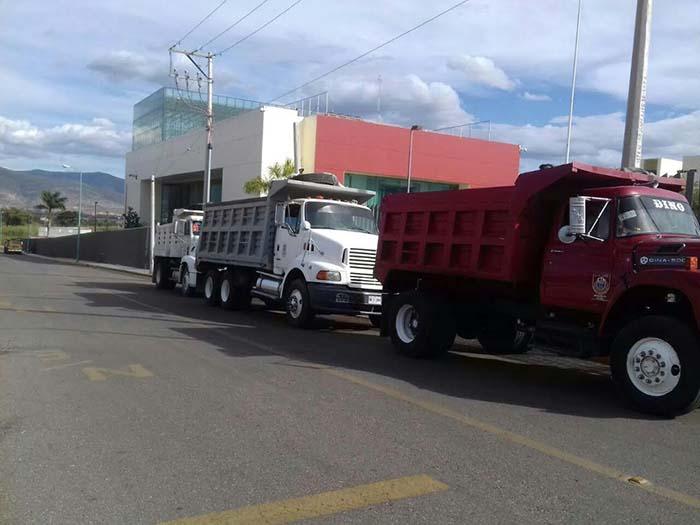 Transportistas de la CTM se adelantan a Sección 22 y toman Congreso