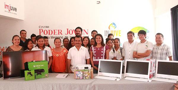 Inaugura INJEO nuevos espacios para la juventud en Santa María Huatulco