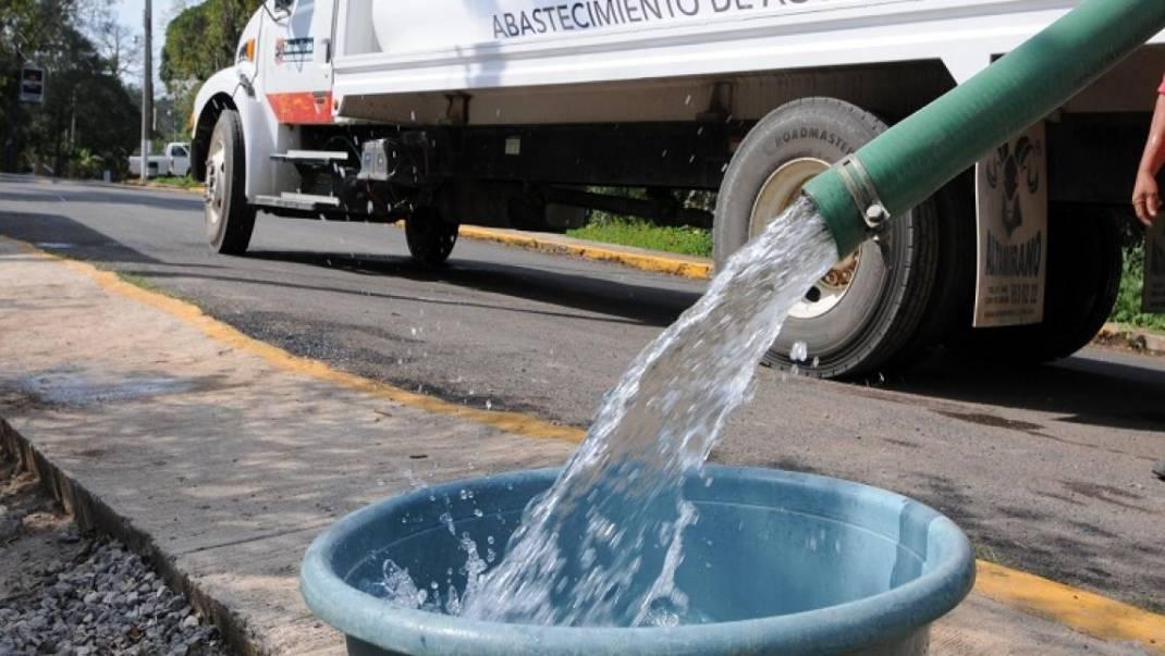 Se quedan sin agua 18 colonias en Oaxaca