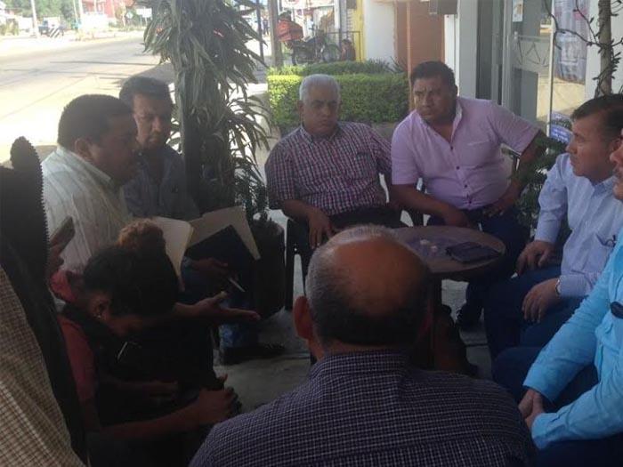 Media SEGEGO pago a trabajadores municipales de Mixtequilla