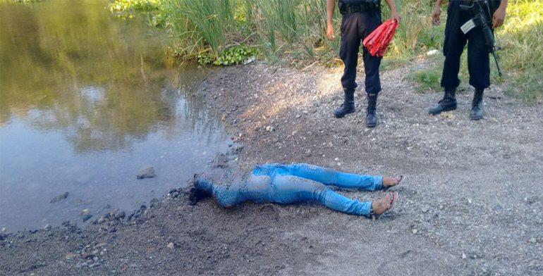 Asesinan a mujer en el Istmo y arrojan su cuerpo cerca del río