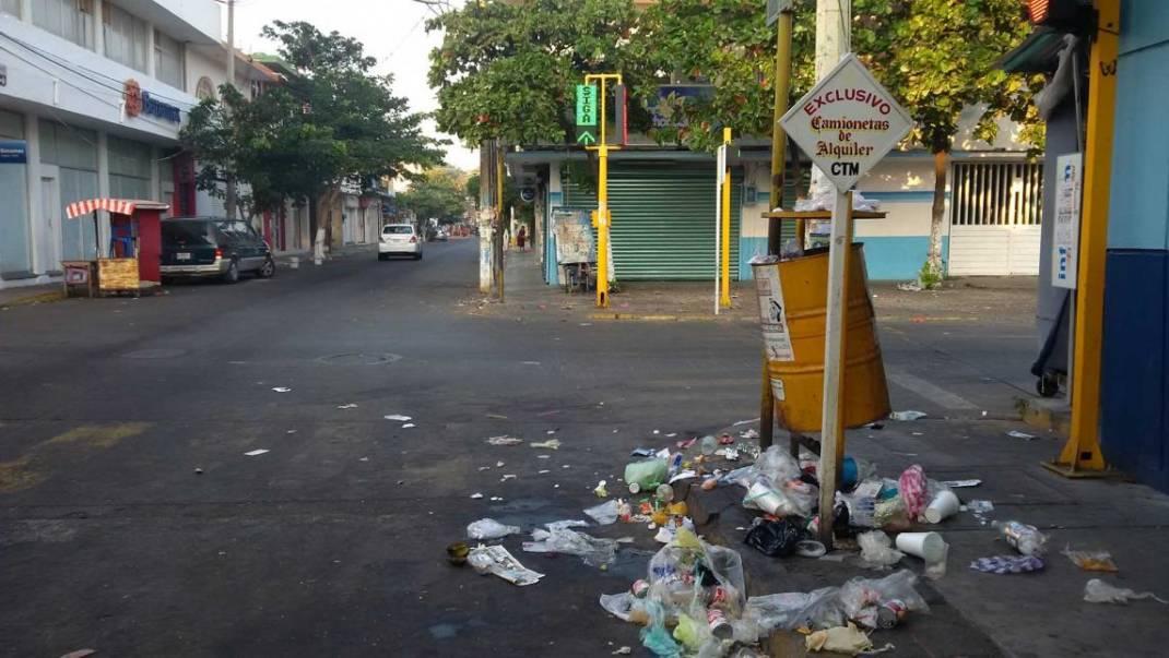 Juchitán, infestado de basura