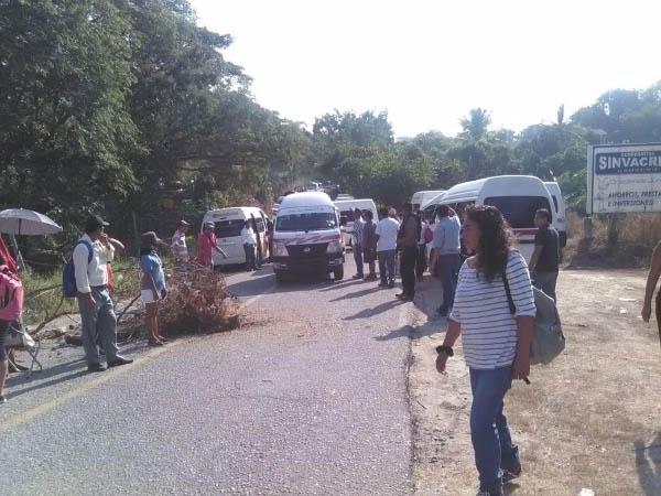 Niños de la Costa sin clases, por protesta de la CNTE