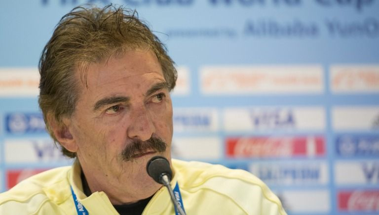 La Volpe insinúa que Sambueza se ofendió tras 'roja' en la Final