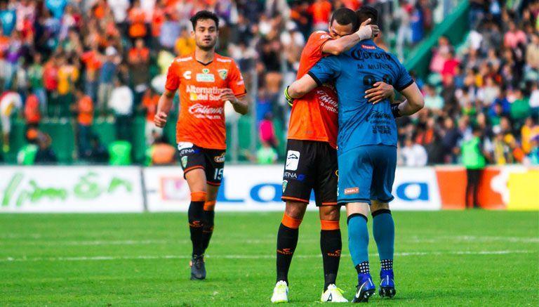 Jaguares vuelve a sorprender y vence a Tigres en casa