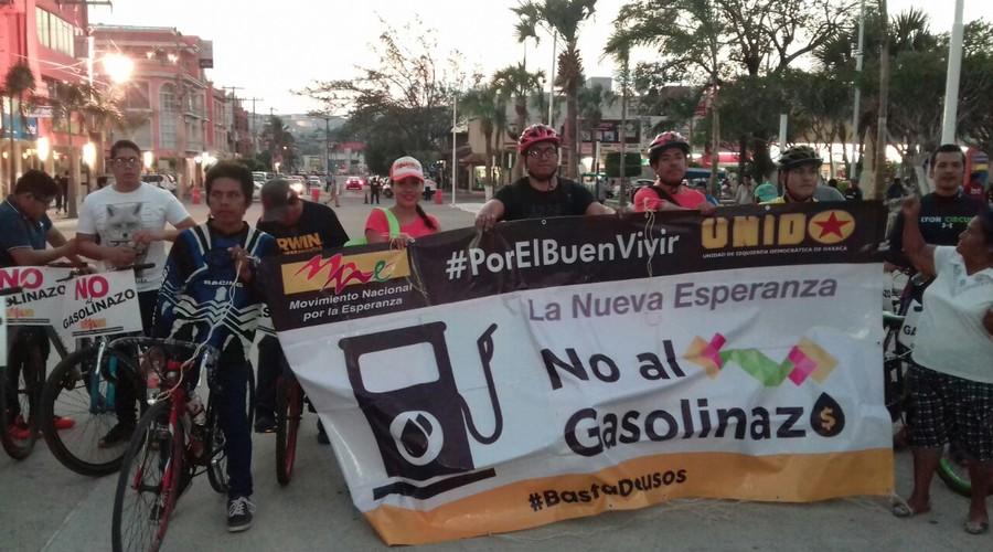 Realizan Bicigasolinazo en calles de Salina Cruz