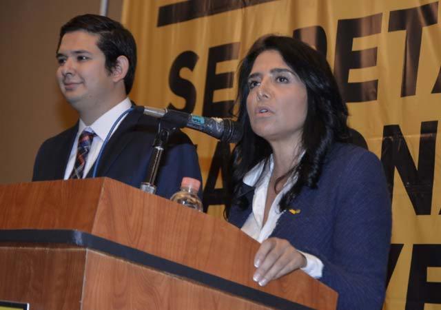 """Anuncia PRD movilización contra """"gasolinazo"""" para el 15 de enero"""