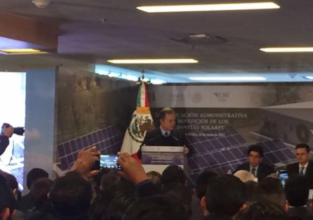 Defiende Pedro Joaquín Coldwell la reforma energética