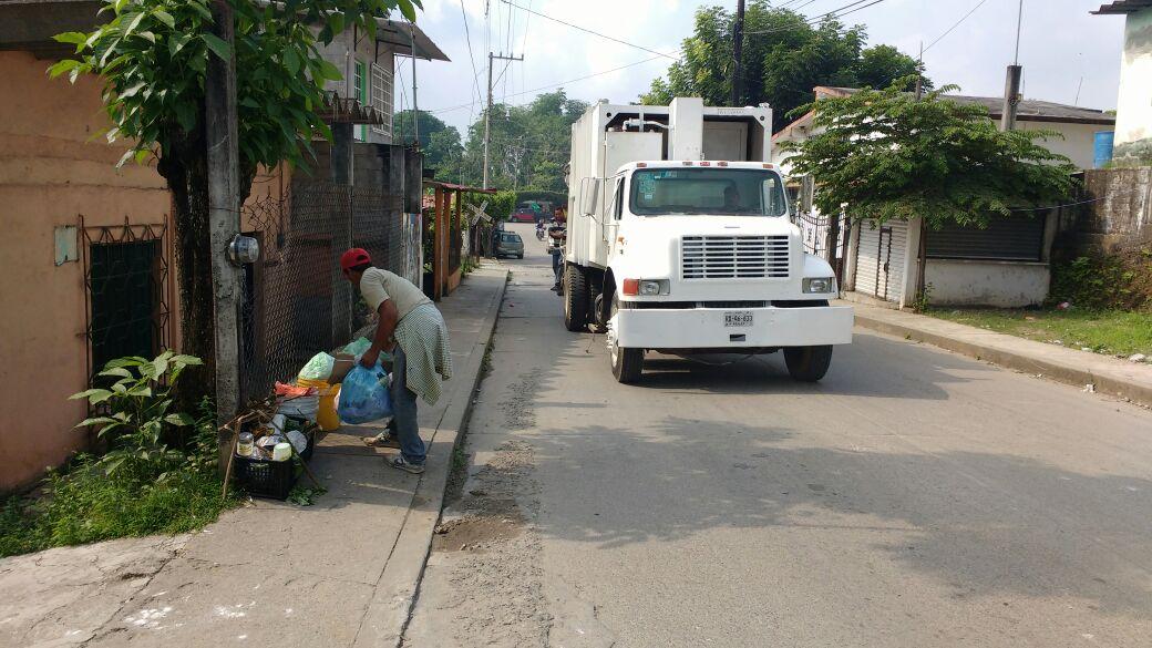 Trabaja ayuntamiento para regularizar servicio de recolección de basura