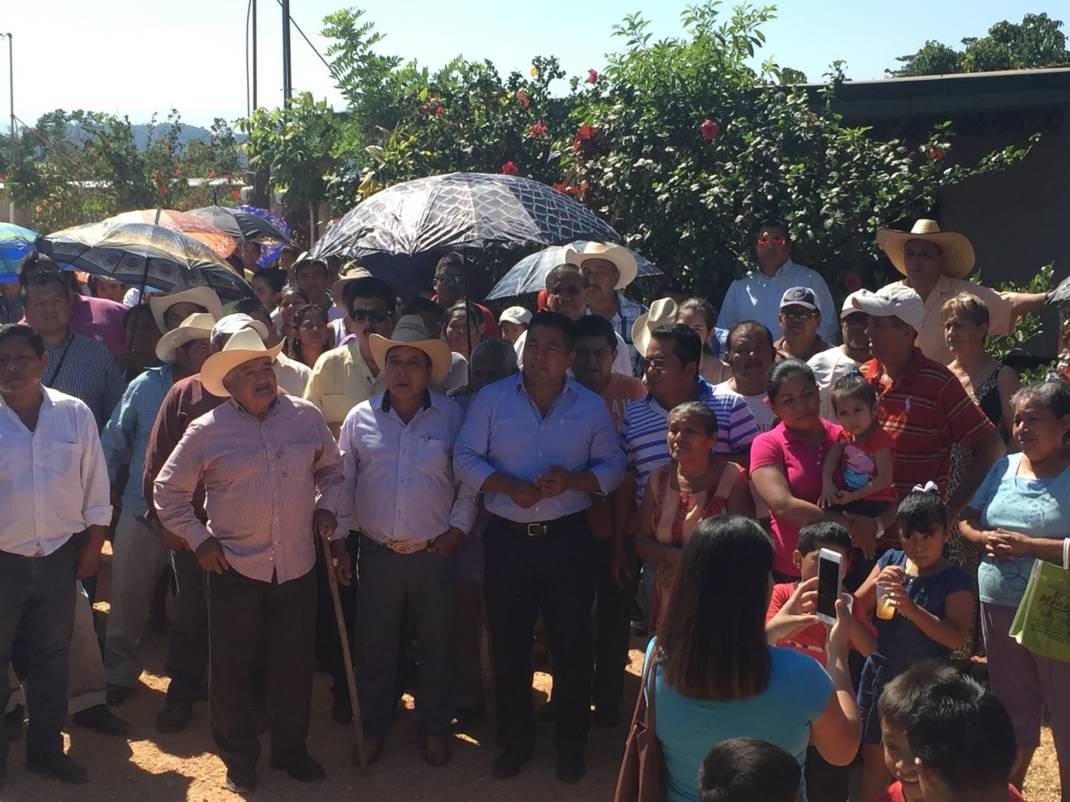 Se cumplen compromisos y palabras de campaña: Fernando Dávila