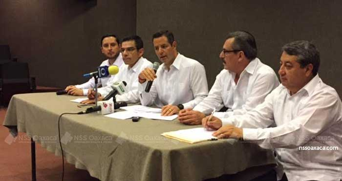 Mi Gobierno atiende necesidades de Oaxaca a través de inversiones: Murat