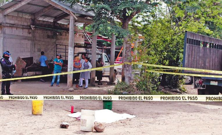 Cañero aplasta y mata a Tuxtepecana en Omealca