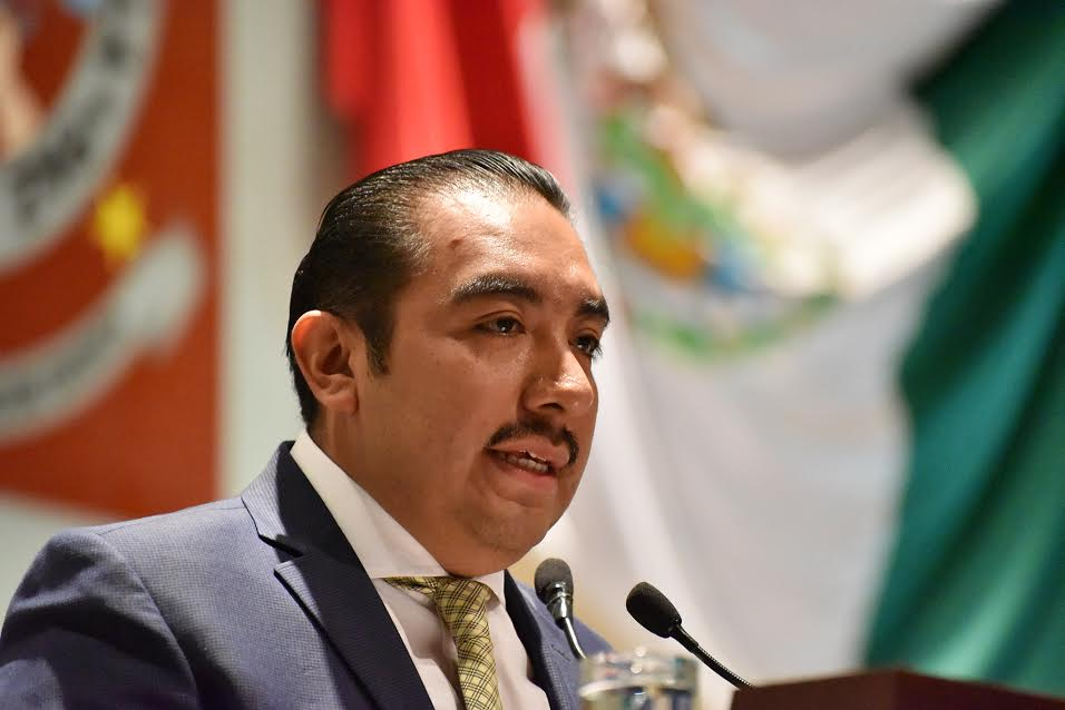 Busca Horacio Antonio Mendoza regular  centros de rehabilitación contra adicciones