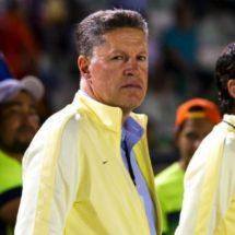 Peláez niega que América haya buscado a Pulido y Pizarro