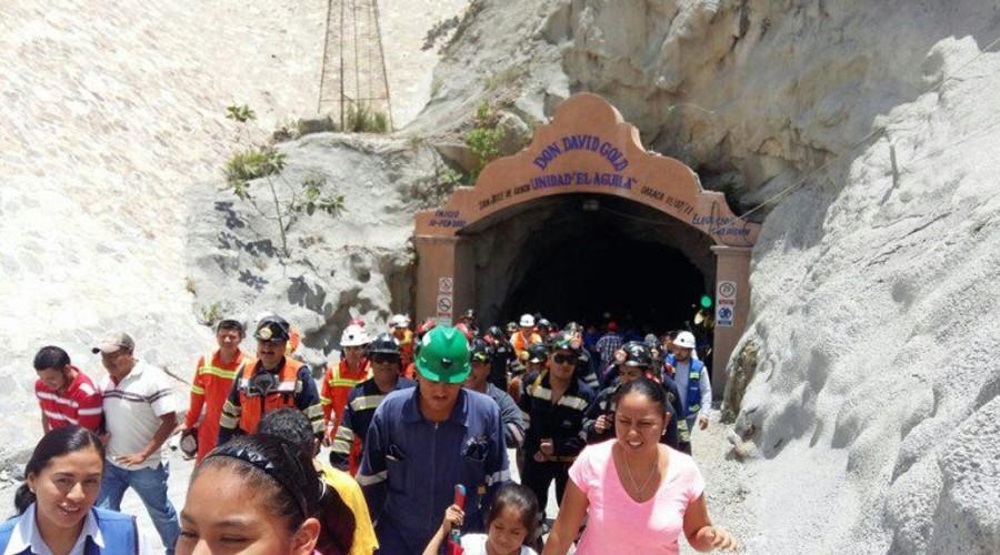 Cierra minera por investigación en dos trabajadores muertos