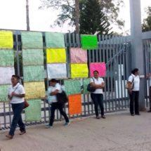 Conflicto sindical provoca falta de clases en Conalep