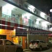 Empleados del Hotel Tuxtepec roban cincuenta mil pesos a cliente