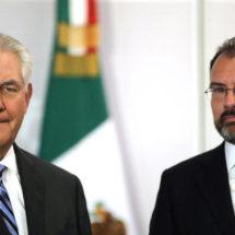 """Videgaray asegura delante de Tillerson y Kelly que existe """"preocupación e irritación"""" en México por las políticas de EEUU"""