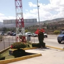 Toman camioneros de Coixtlahuaca, carretera Oaxaca – Tehuacán