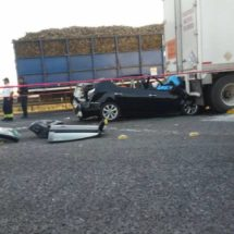 Se matan dos autoridades ministeriales en autopista de la Tinaja