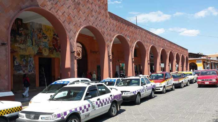 En Huajuapan circulan entre 170 y 200 taxis irregulares denuncia Alianza del Transporte Concesionado