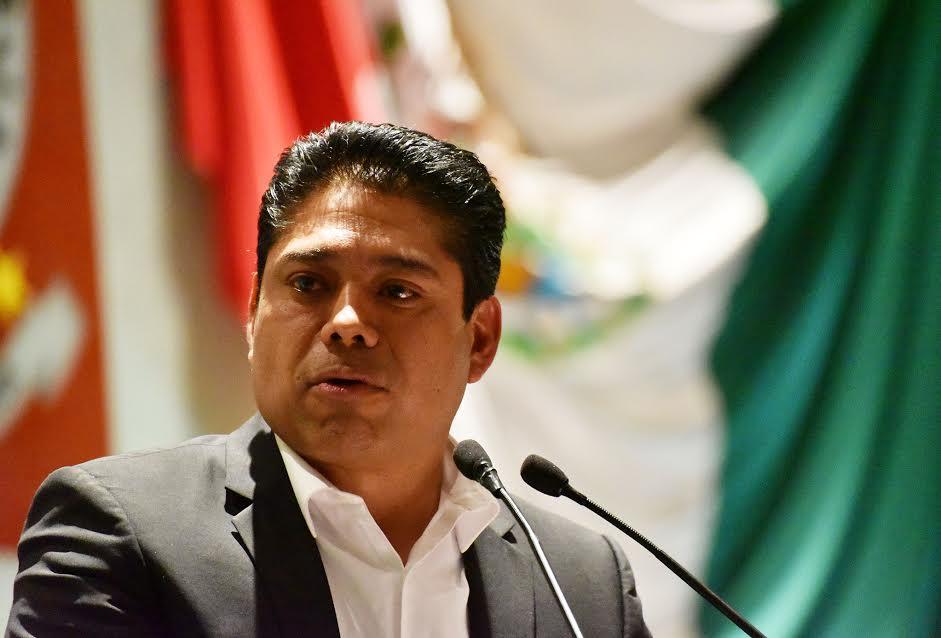 Exhorta Gustavo Marín a la SSO a intensificar campañas de diagnóstico y prevención de Lepra