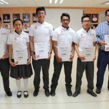 Estudiantes mexicanos compiten a nivel internacional en Robomatrix