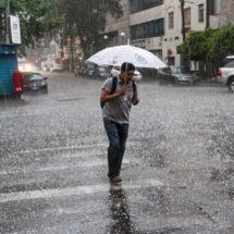 ¡Alista el paraguas! Prevén tormentas y granizadas en el centro del país