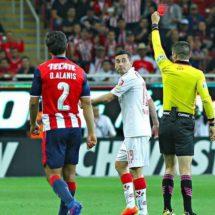 Chivas buscará que Sambu sea inhabilitado por lesionar a Brizuela