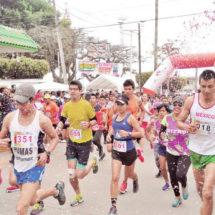 Corren 400 en apoyo al Festival del Papalote