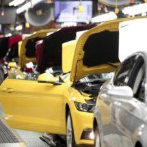México anuncia reunión con directivos de Ford y General Motors en Michigan