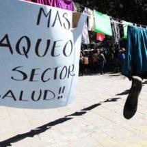 Zócalo de Oaxaca: búnker policiaco y tendedero de calzones