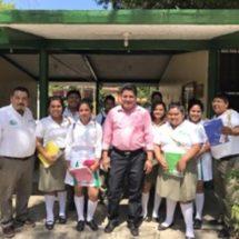 Confío en la educación, esta es la base de forjar oaxaqueños exitosos: Irineo Molina