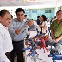 Llega al Congreso de Oaxaca, la  creatividad y colorido de las artesanías