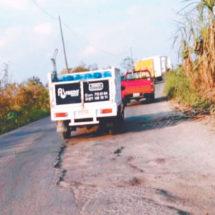 'Desaparecen' 10 km de carretera hacia Omealca