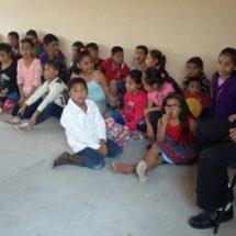 Niega IEEPO bancas y mobiliario a escuela de Oaxaca