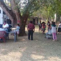 Unidad médica móvil de Irineo Molina atiende llamado de la colonia Catarino Torres