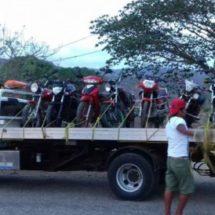 MANTIENE POLICÍA ESTATAL ACCIONES ESTRATÉGICAS DE SEGURIDAD EN PINOTEPA NACIONAL; 13 MOTOCICLETAS ASEGURADAS