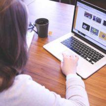 Alertan sobre riesgos que acechan a los menores en la red